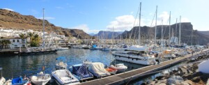 Where are the most popular places to stay in Gran Canaria and how much does it cost?
